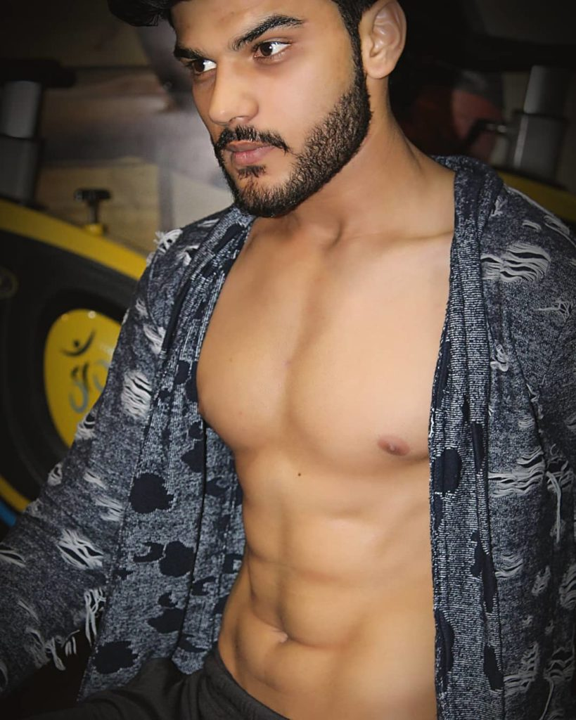 Abhishek Soni Hot Physique