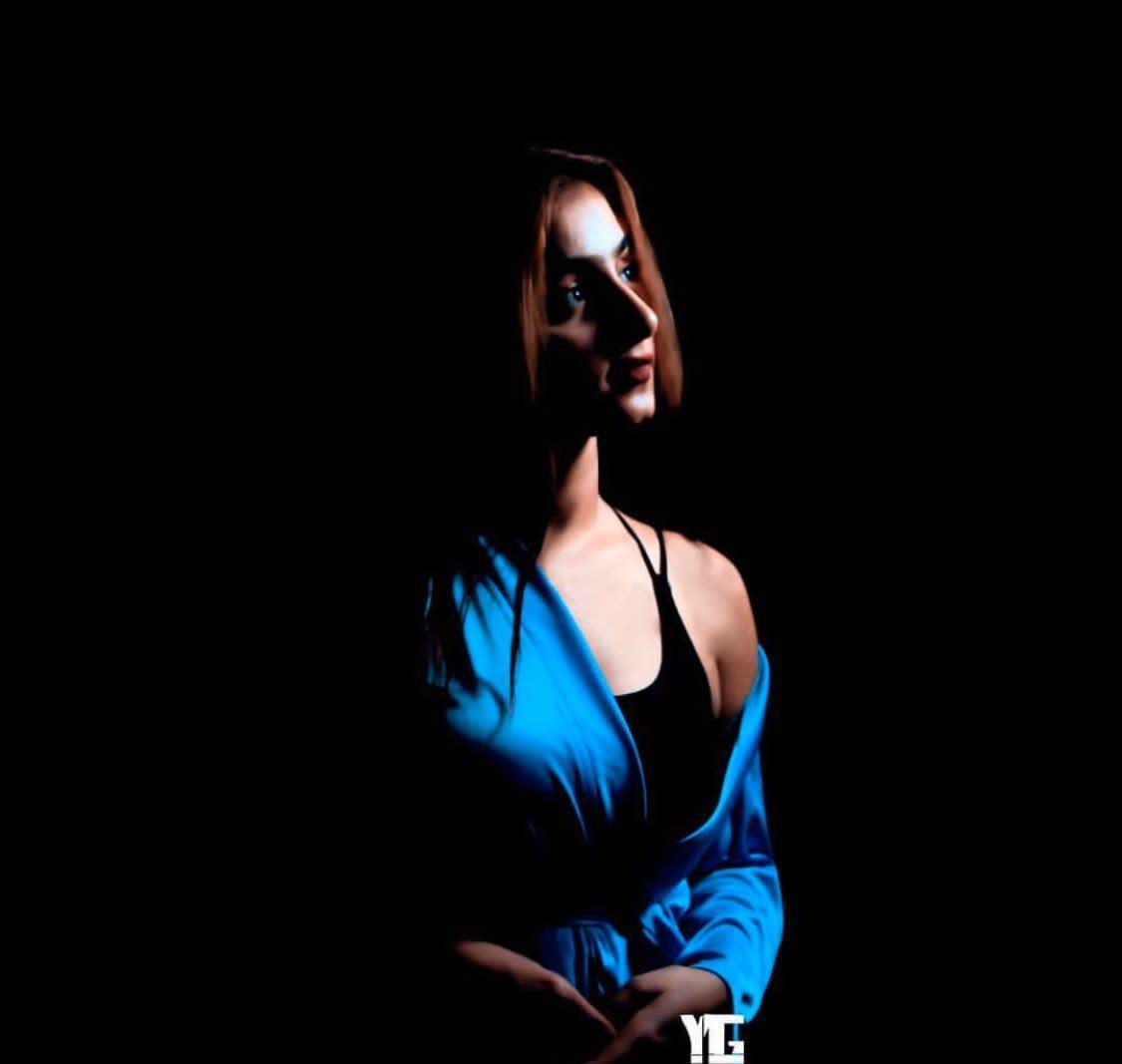 aliya ojha black background