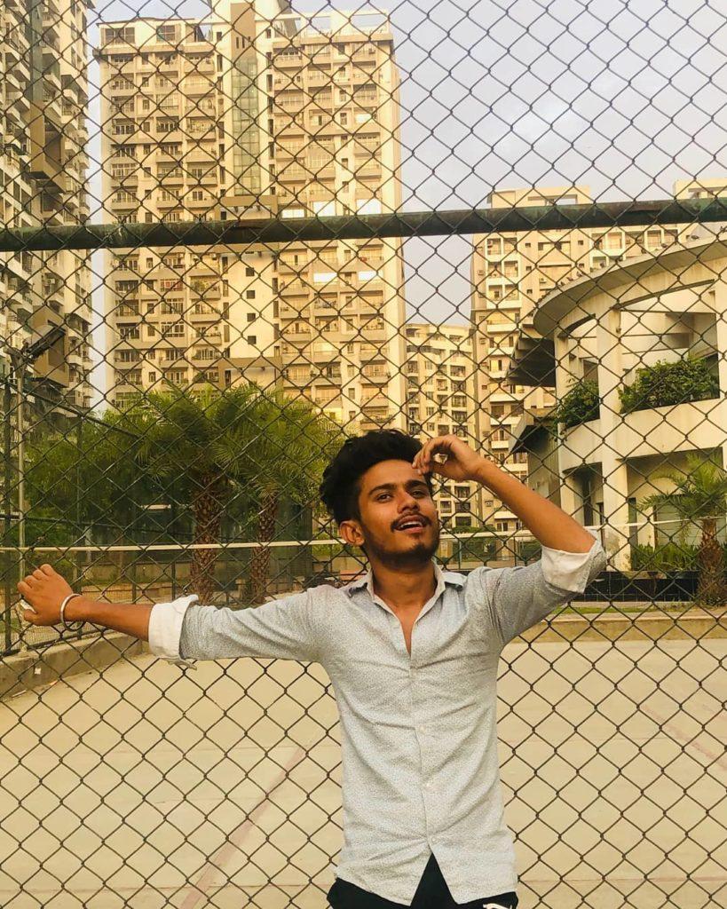 Ansh Pandit posing in Mumbai