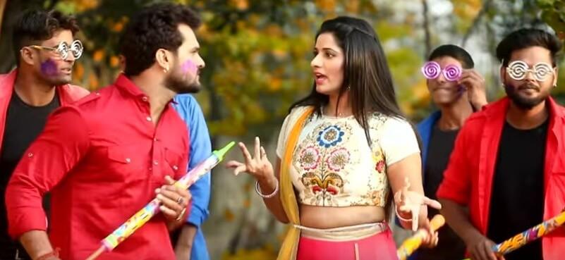 Lehenga Mein Hol Ho Jayi lyrics in Hindi