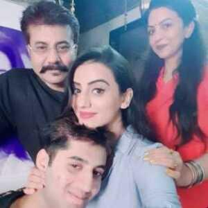 Akshara-Singh-Family